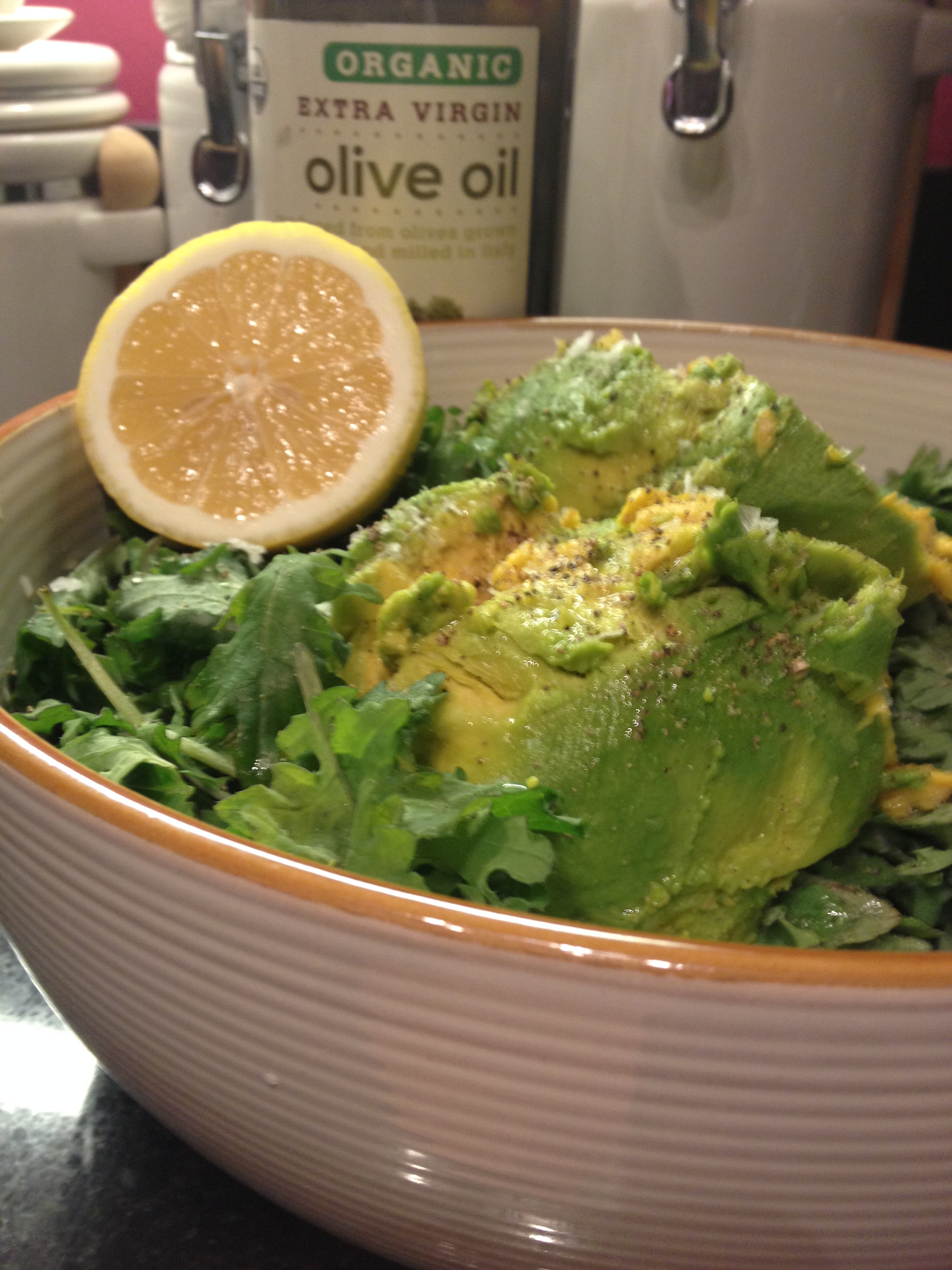 kale avocado lemon salad ingredients