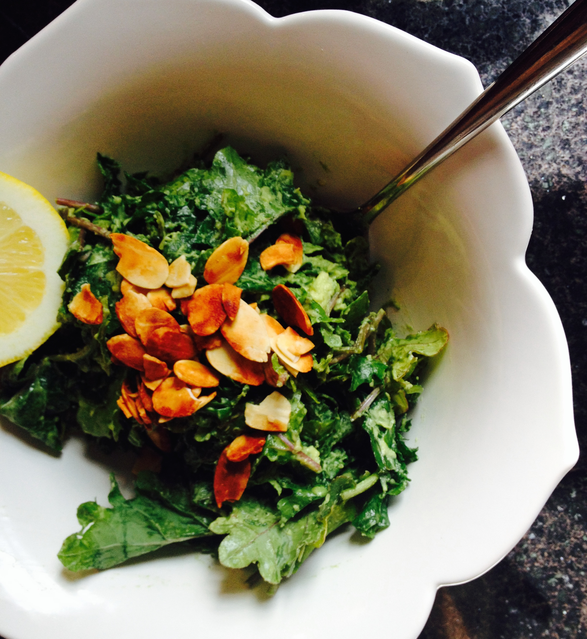 addictive avocado and lemon kale salad :: by radish*rose