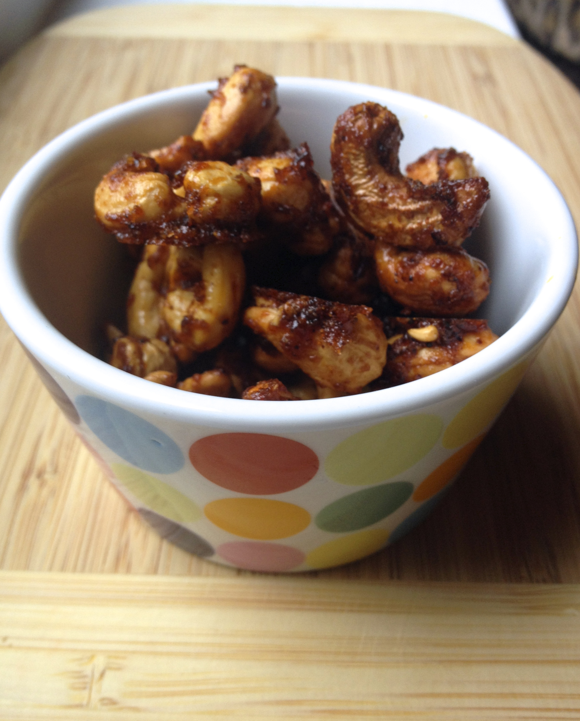 smoky spicy chipotle cashews :: by radish*rose