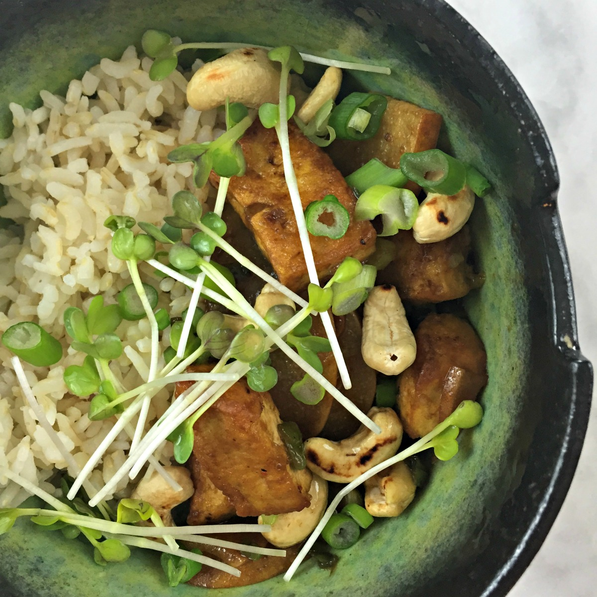 asian pear, cashew, and tofu stir-fry :: by radish*rose