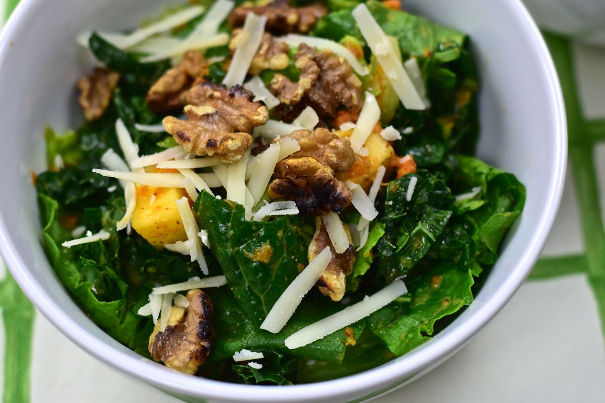 kale salad with walnuts, apples and gruyere :: by radish*rose