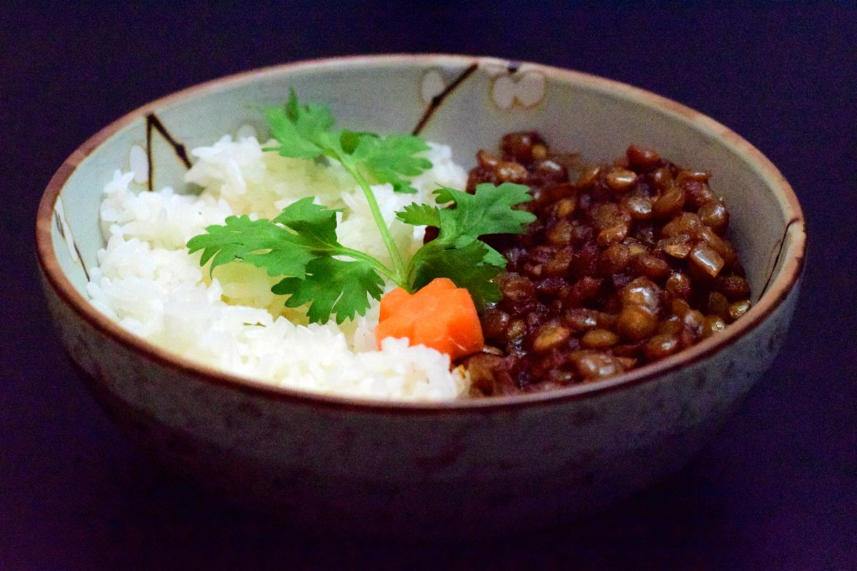 spiced tamarind lentils :: by radish*rose